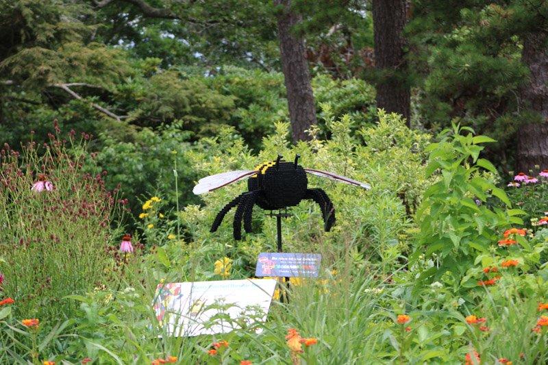 McInnes Garden Bee Sculpture