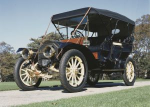 1910 Knox Model R Touring