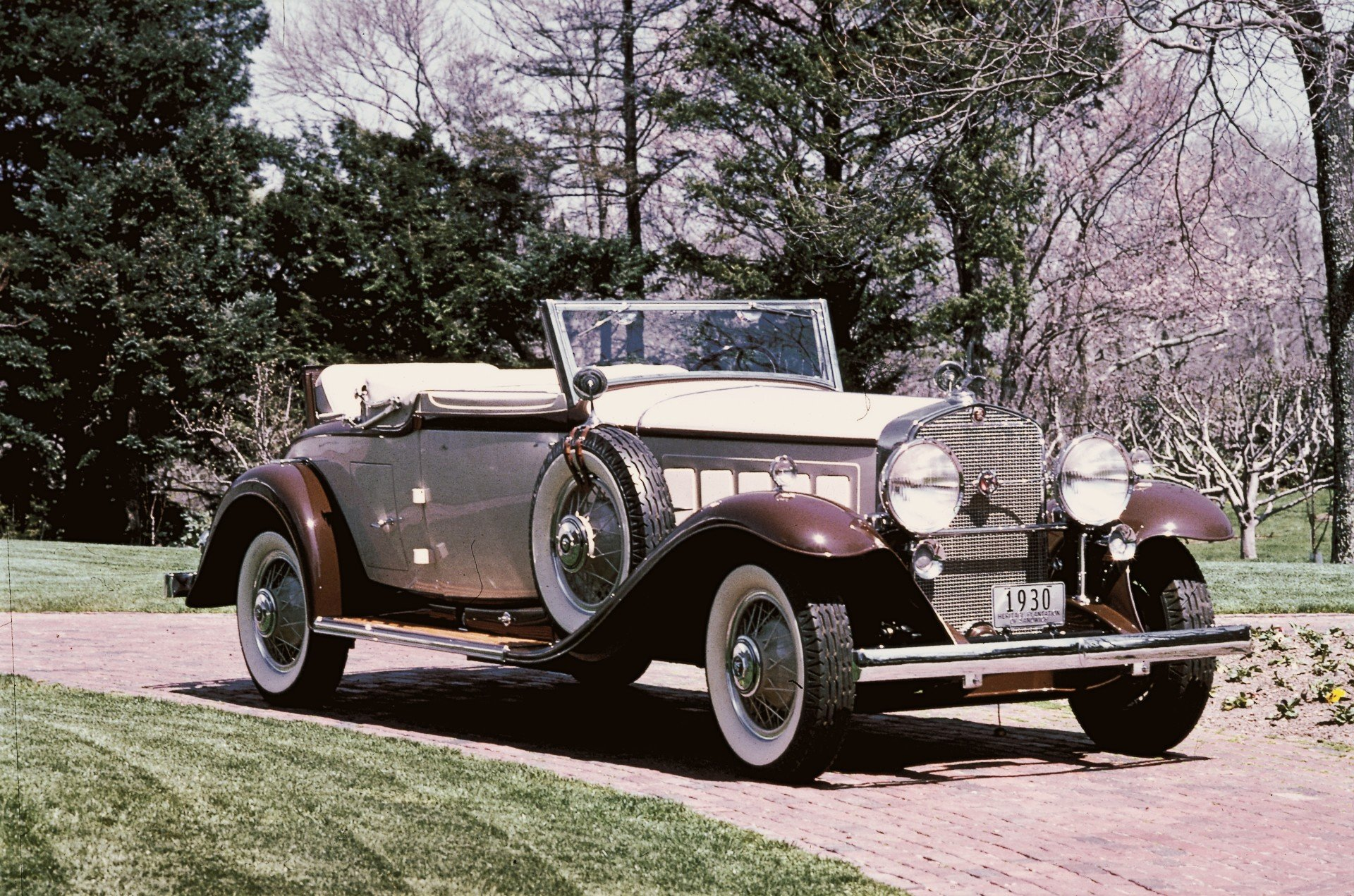 1930 Cadillac V-16 Convertible Coupe