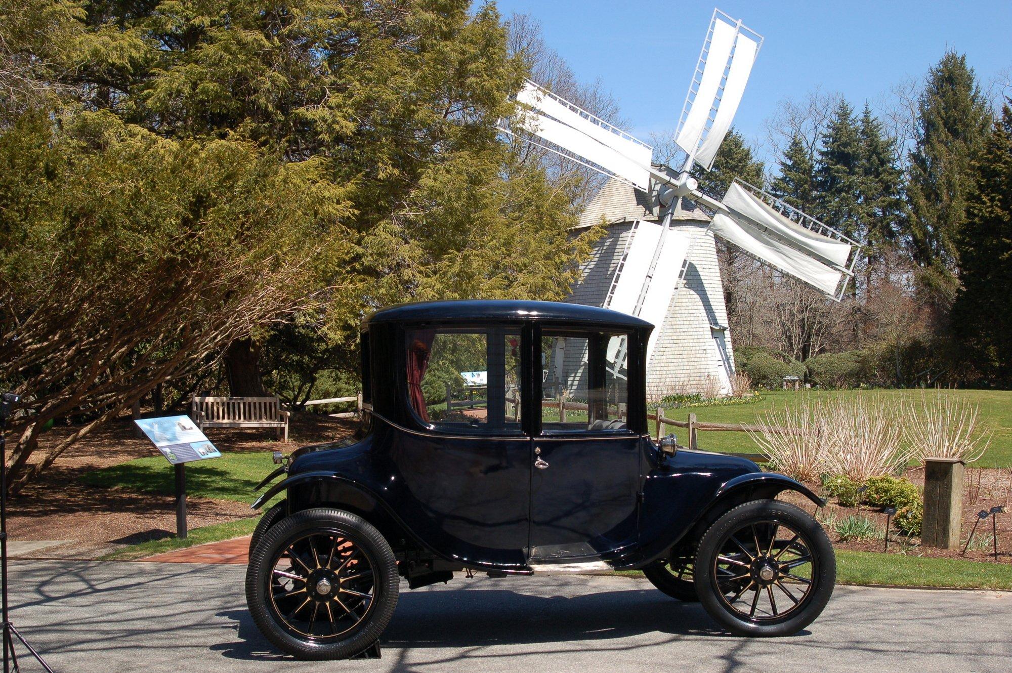 1917 Milburn Light Electric