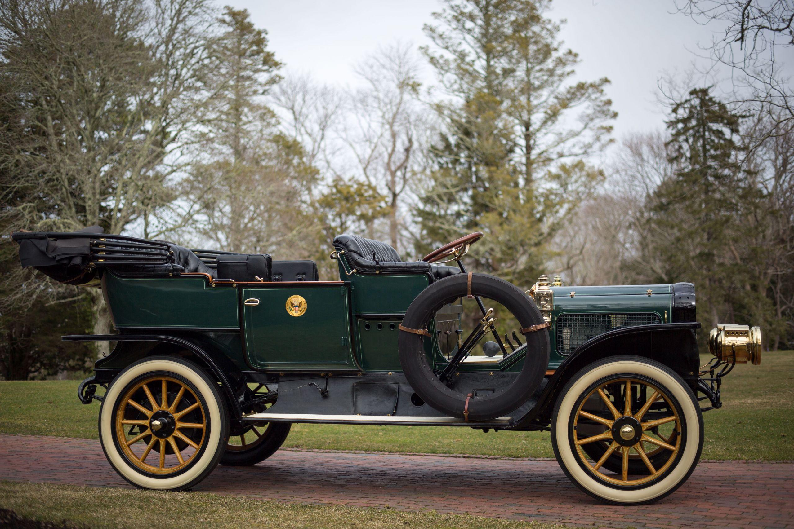 1909 White Steam Car